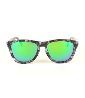 Ivory - Green Lenses