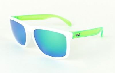 White - Green glasses  - Green