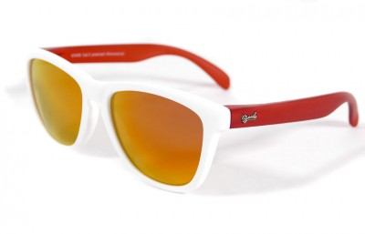 White - Red fire glasses - Red