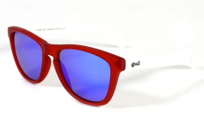 Red - Blue glasses - White