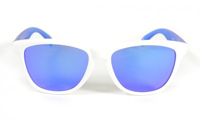 White - Blue glasses - Blue