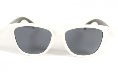 White - Grey glasses - Black