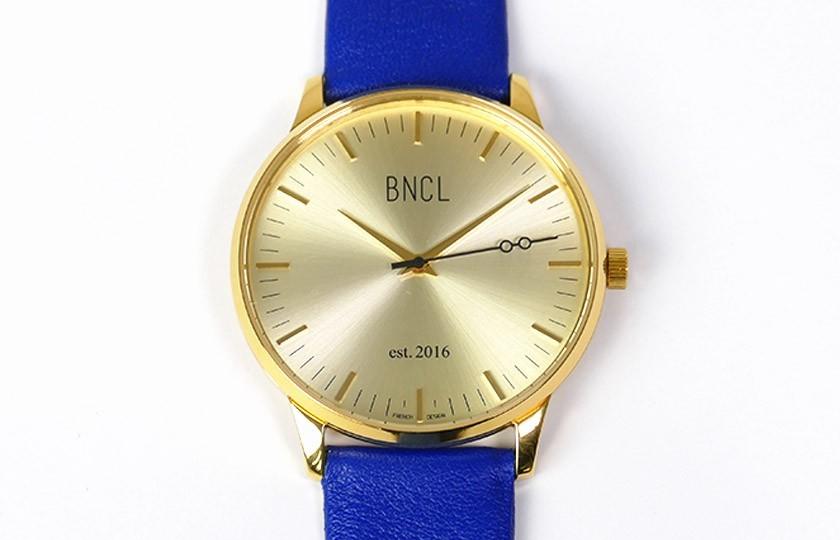 Montres BNCL Or - Or - Bleu