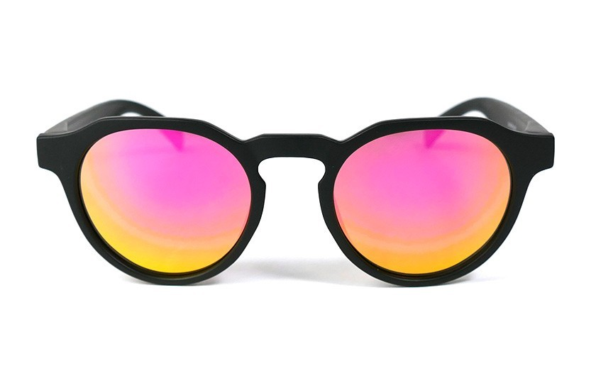 Black - Pink glasses - Black