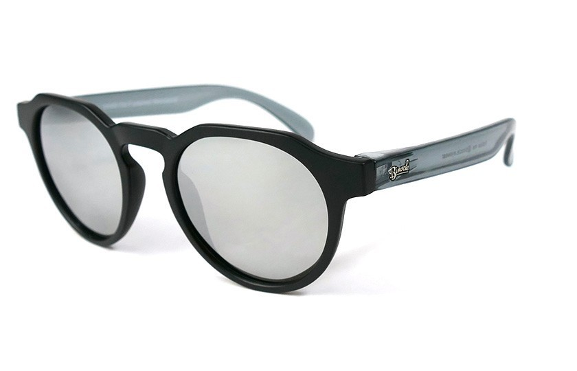 Black - Silver glasses - Grey