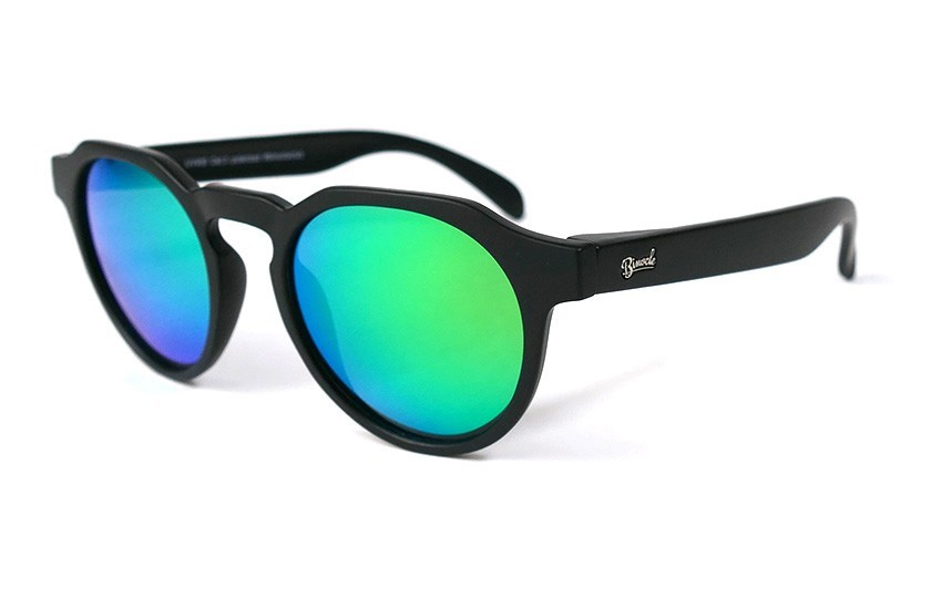 Black - Green glasses - Black