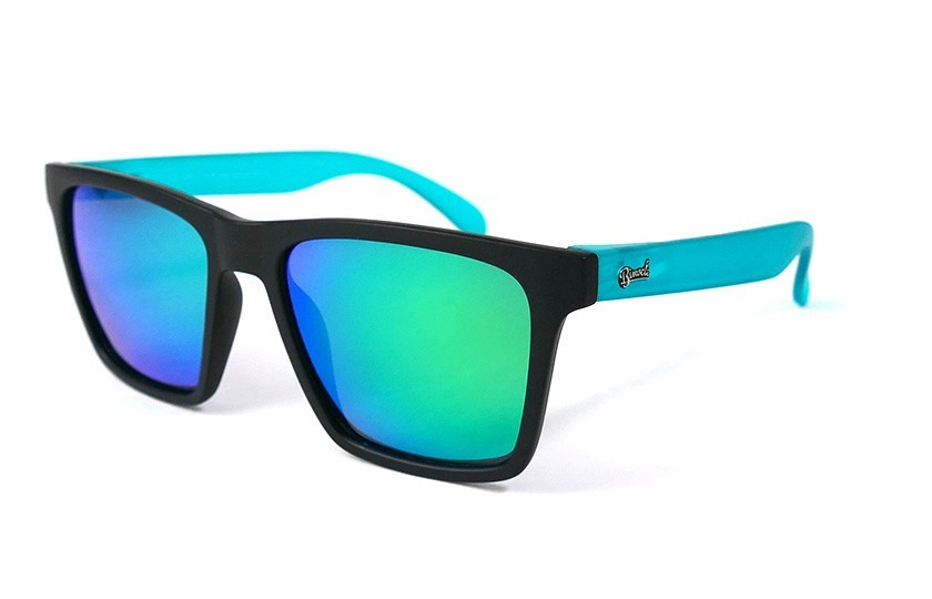 Black - Glasses Green - Duck Blue